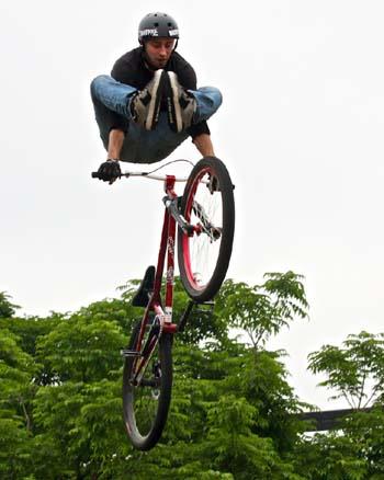 Freestyle Bikes - Karl Hawk